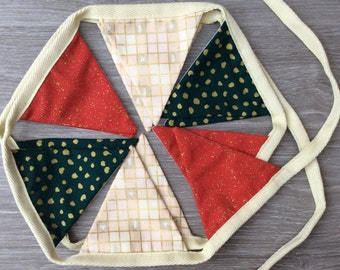 Christmas mantle bunting with spots annd squares