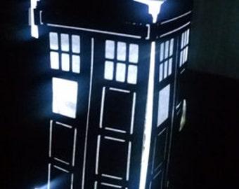 DIY phone booth centerpiece / luminary