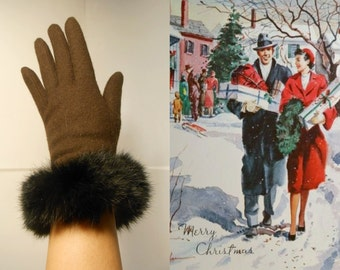 Home For the Holidays - Vintage 1950s Dark Chocolate Brown Wool Gloves w/Rabbit Fur Cuffs - O/S