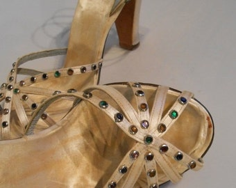 HOLIDAY 30% OFF A Starlet's Dancing Shoes - Ww2 1940s Beige Satin Evening Strap Heels w/Mini Jewel Dots - 7.5/8