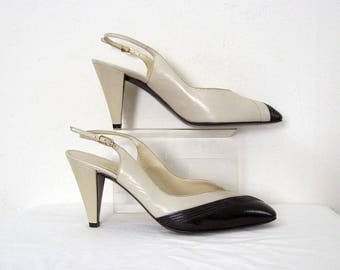 Vintage 1980s High Heels Cream Black Bruno Magli Slingback Pumps / U.S. 7 – 7.5 Narrow