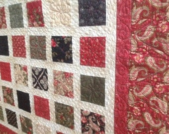 Simply WINTERGREEN  54x60 Christmas quilt in red, green, black and ivory