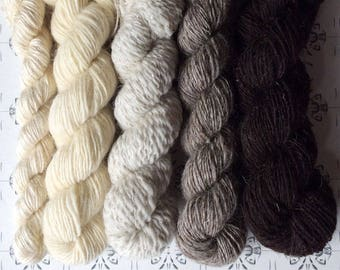 "Maria och trollen - ""Once upon a time"" collection of handspun shawl yarns"