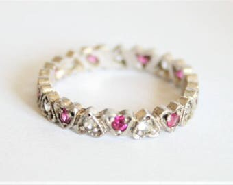 Pink crystal heart ring.  Sterling silver ring. Stacking ring. UK size M 1/2.  US size 6.5