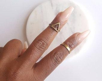 Gold, geometric ring set// triangle midi ring// adjustable, everyday, statement ring//ring set