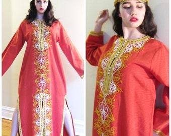 Vintage 1960s Red Caftan Dress w Gold Embroidery / 60s Maxi Dress in Waterfall Taffeta and Metallic Ornament / Medium