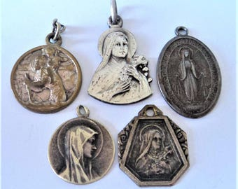 5x Mixed Catholic Religious Charms... Silvertone Metal