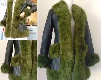 1970s green leather Jacket, Vintage Boho, sheepskin Fur trim & Collar, green Coat Shearling Collar sz S/M