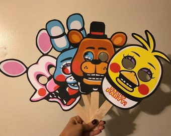 8 FNAF Five Nights at Freddy's Party Favors Handheld Masks | Chica | Foxy | Bonnie