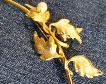 Vintage Branch Leaf Pin Gold Tone Brooch with faux Pearl