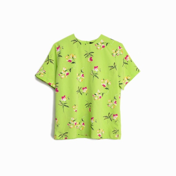 Vintage 90s Floral Tee in Green Apple / Floral Print Blouse - women's xs/small petite