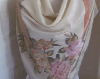 """Ipeker // Large Ivory Beige Floral Soft Silky Scarf // 34"""" Inch 88cm Square"""