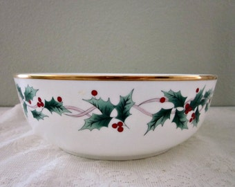 Vintage Mikasa Ribbon Holly Round Veggie Bowl CAF03, Japan - Round Christmas Serving Bowl - Collectible - Holly and Berries Bowl - Bobann23