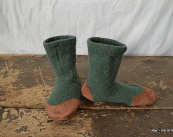 Youth Size 4 (EU 36) MOSS GREEN Felted Wool and Wool Blend Soccasins with Leather Soles, Toes and Heels
