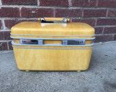 Vintage Yellow Gold Samsonite Profile Train Case w/ Tray Mirror Key