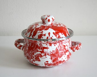 SALE Marbleware Red Enamel Pot