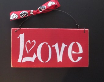 Love Valentines Day Sign - Valentines Day Sign - Wooden Valentines Day Sign