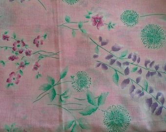 Pretty Floral Print on Pink Background Polyester Cotton Blend 6 3/4 Yards X0779 Will Divide