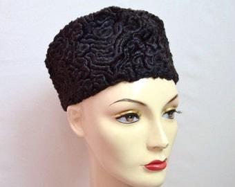 1940s 50s Black astrakhan fur pillbox hat / 1950s 40s Persian lamb winter hat