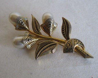 Vintage Damascene Brooch Faux Pearl Floral Black Enamel Gold Tone Pin