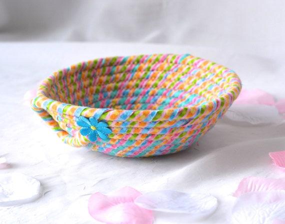 SALe.. Cute Easter Basket, Easter Candy Dish, Handmade Fabric Basket, Pink Wedding Basket, Pink Candy Bowl, Easter Decoration