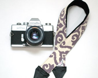 Purple Camera Strap - Padded Camera Strap - Neck Strap - DSLR Camera Strap - Gifts for Weding Photographer - Camera Accessories - Eliza