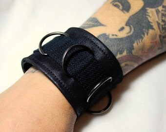 Faux leather wristband Black Steel with metal rings for him
