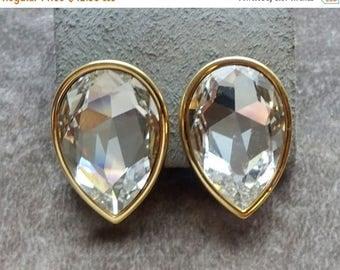 ON SALE Vintage Swarovski Earrings, Tier Drop with Gold, Wedding Earrings, Beautiful Runway,High End