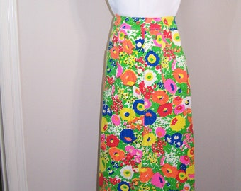 REDUCED - Vintage 1960s Womens, size 6 Hawaiin print, Serbin of Florida, by Muriel Ryan