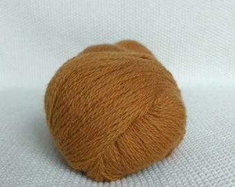 100% Wool Yarn, Light-rusty solid, Fingering 2ply, dk, Mega-Yardage