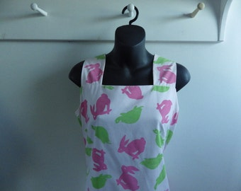 The Vested Gentress Vintage 80s Tortoise and Hare print shift dress size L