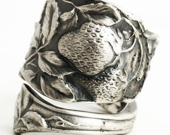 Strawberry Ring, Sterling Silver Spoon Ring, Strawberry Jewelry, Fruit Jewelry, Food Rings, Food Jewelry Gift for Her, Adjustable Ring, 5805