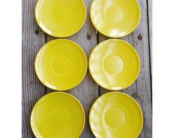 Vintage plastic bright yellow melamine saucer plates | set of 6
