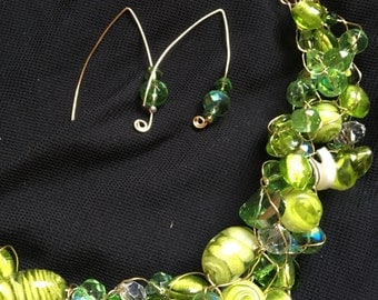 Pops of Lime Wire Crochet Necklace with Earrings