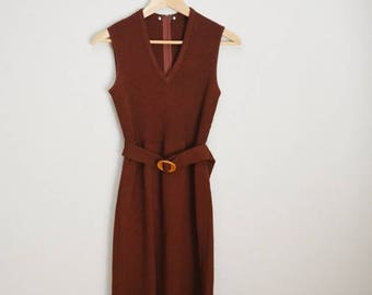 RESERVED for Mandy Chan /////// Memorial SALE - 15% off - vintage 70s brown sleeveless sweater dress -- womens small - stretch - with belt