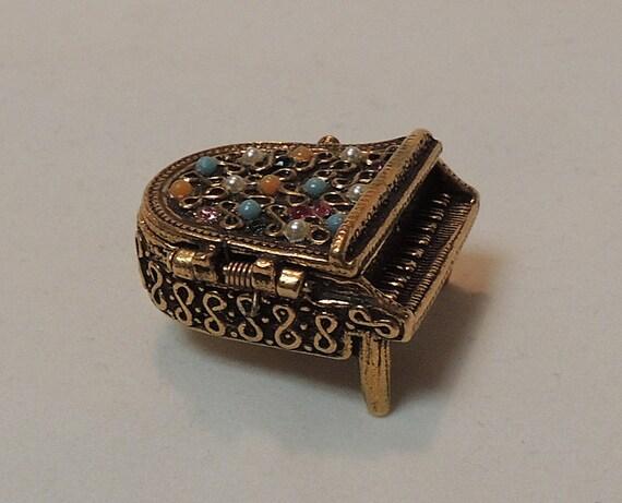 Vintage Jeweled Goldtone Metal Hinged Miniature Grand Piano Pill Box