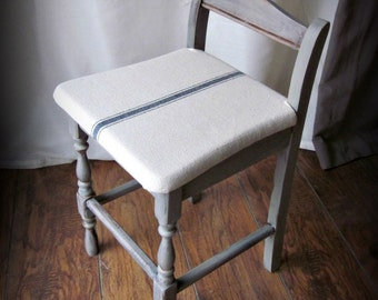 Farmhouse Style Small Chair~Photo Prop