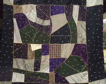 Fabulous CRAZY STRIP Antique VINTAGE Quilt- Dramatic Rich Fabric Color Combination!