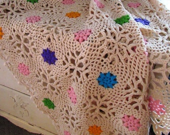 Pretty Floral Flowers Spring Handmade Crocheted Afghan Throw Photo Prop