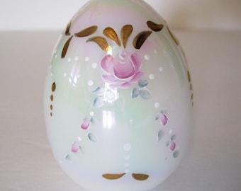 Fenton glass Egg- 5030QB 1991- Mother of pearl-Vintage treasure