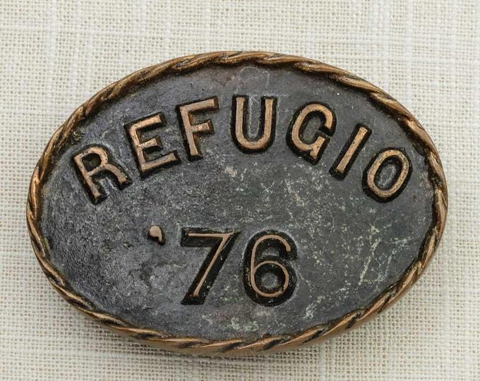 Refugio 1976 Belt Buckle Texas Oval Pewter Brass Rope Outline Vintage Belt Buckle 7F