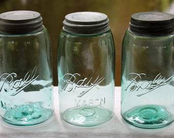 3 Vintage Ball Mason Quart Jars ~ Rustic Farmhouse Cabin Cottage Decor ~ Beach Woodland Outdoor Wedding ~ Collectible ~ Insurance / Shipping