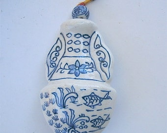 Vintage Chinese Jar Hanging Blue White Indigo Asian Decoration Pottery Ceramic Red Tie Decorative Bead Oriental Figurine Statue Fish Flower