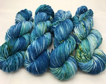 Oscar Worsted , Hand Dyed Yarn, Superwash merino, worsted weight, multicolored yarn, Schools Out