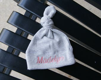 Personalized baby hat / knit hat / monogram hat/ newborn hat / baby girl / baby boy / baby shower / baby gift