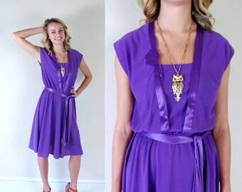 Sale vtg 70s PURPLE flowy DISCO DRESS Medium floral tie belt hippie retro boho dolly indie