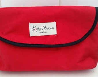 Silk Makeup Bag with a Brush Holder Flap, Make-up bag