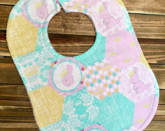 Bunny Bib, Baby Bunny, Rabbit, Bunny, Baby Bib, Baby Shower Gift, Baby Animal, Woodland, Princess Bib, Breastfeeding, Baby Feeding, Bibs