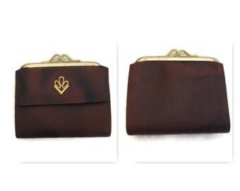 60s Brown Wallet Faux Leather Wallet 1960s Billfold Womans Wallet  Vintage Wallet Vegan Friendly Wallet Vida Wallet Brown Vinyl Wallet