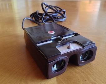 Kodak Kodaslide Stereo Viewer II With 600 Plus Slides